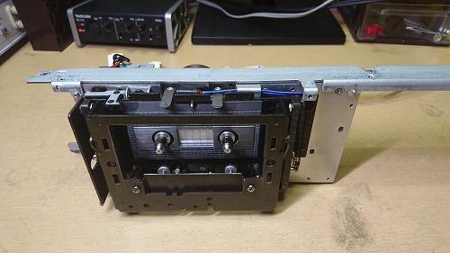 TC-K777ESⅡ メカニズムを取り外した。