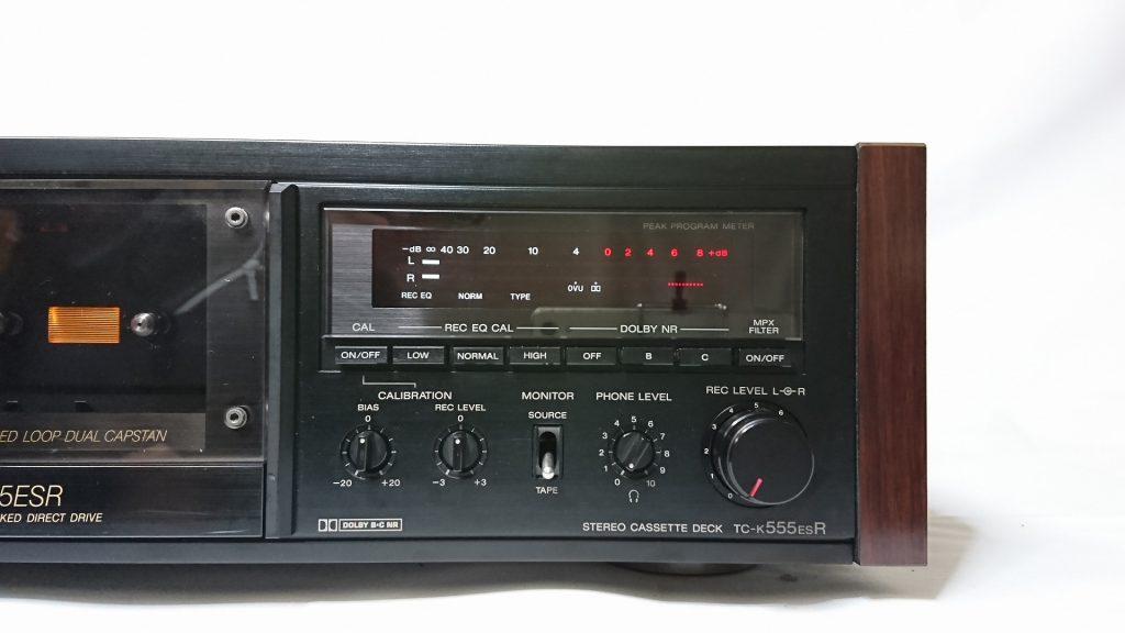 SONY TC-K555ESR メーターと録音関係の操作類